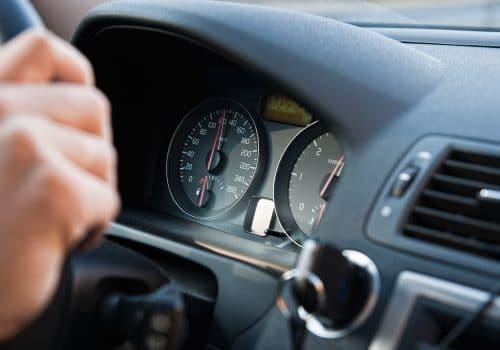 Emprunteur ayant financé sa voiture d'occasion avec le prêt collaboratif de mozzeno.com