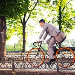 Businessman en vélo