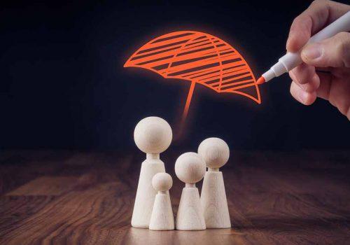 Famille protégée par une assurance