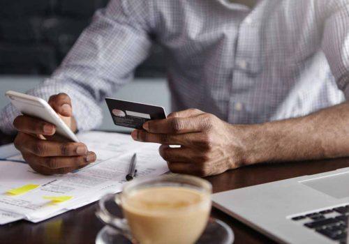 Geoorloofde debetstand vs. lening op afbetaling: wat is het verschil?